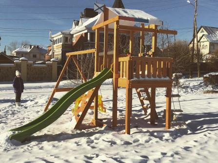 """Детская площадка """" Бретань"""" комплектация: горка, качели для двоих детей, малышей и лепесток, скаладром, лестница ванты,штурвал, телескоп, перископ."""