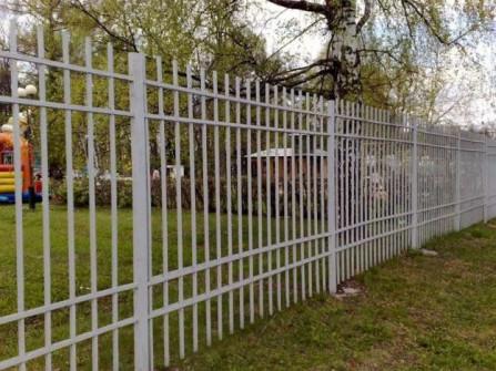 железный забор штакетник эконом